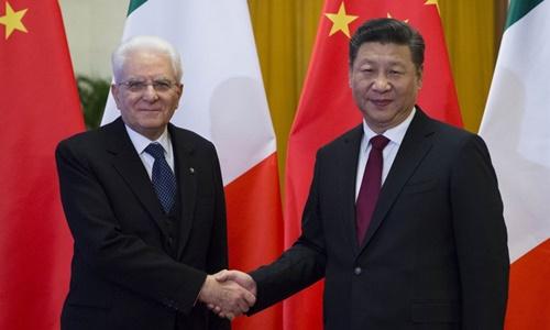 Chủ tịch Trung Quốc Tập Cận Bình (phải) và Tổng thống Italy Sergio Mattarella tại Bắc Kinh năm 2017. Ảnh: Xinhua.