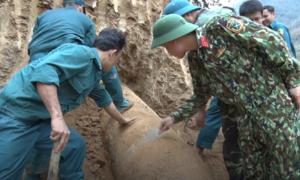Kích nổ bom 1,6 tấn ở Nghệ An