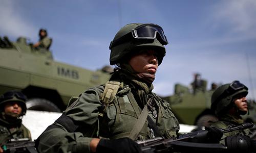 Quân nhân Venezuela tham gia tập trận Zamora 200. Ảnh: Reuters.