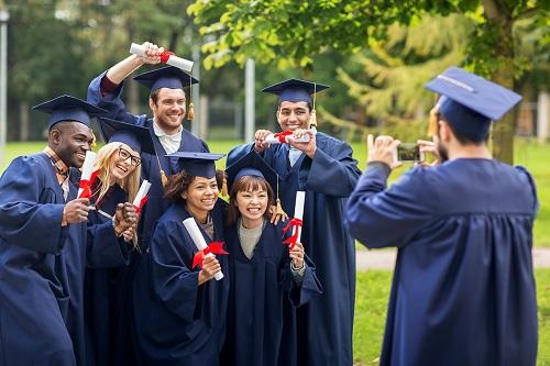 Du học Mỹ, Canada là ước mơ của nhiều học sinh.