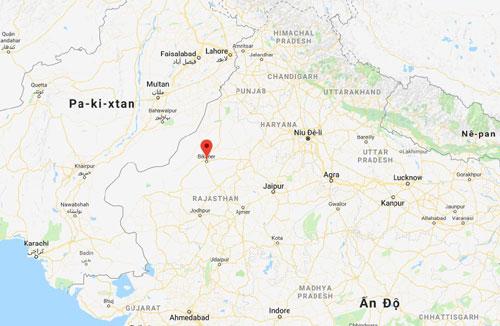 Vị trí tiêm kích MiG-21 bị tai nạn chiều nay (chấm đỏ), cách biên giới Pakistan khoảng 100 km. Đồ họa: Google Map.