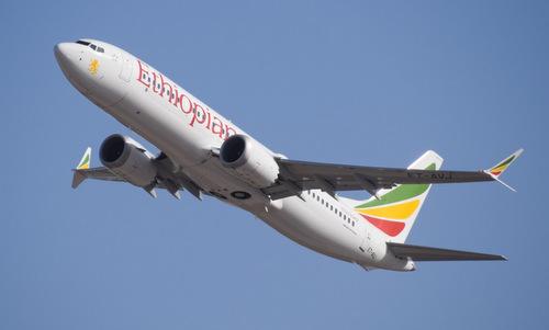 Chiếc Boeing 737 MAX 8 trong một chuyến bay trước khi gặp nạn hôm 10/3. Ảnh: Airliners.