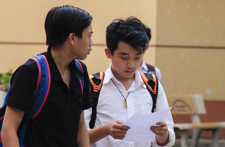 Học sinh thi vào lớp 10ở Hà Nội năm 2018. Ảnh: Dương Tâm