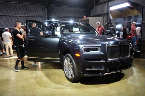 Rolls-Royce Cullinan ra mắt tại California, Mỹ, hồi tháng 7/2018. Ảnh: Automobile
