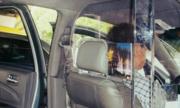 Hãng taxi cần lắp vách ngÄn nhá»±a và camera trong xe Äá» bảo vá» tài xế