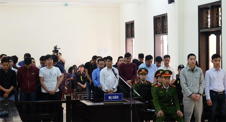 Các bị cáo nghe tuyên án phúc thẩm vào chiều 12/3.