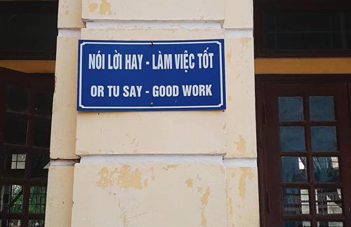 Dịch từ tiếng Việt sang tiếng Anh đâu có dễ.