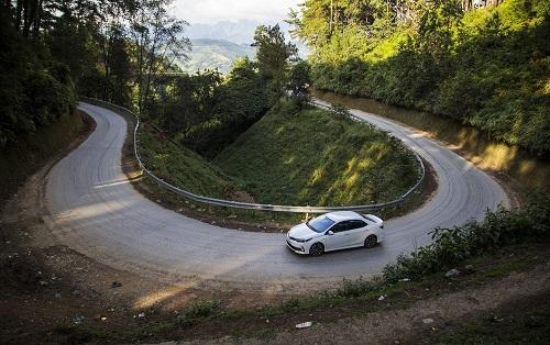 Corolla là một trong những mẫu xe được ưu đãi lớn trong chương trình khuyến mãi từ Toyota Việt Nam.