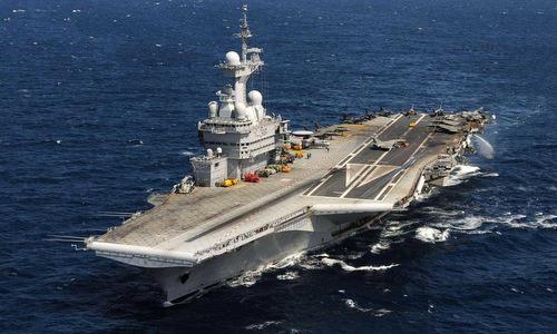 Tàu sân bay hạt nhân Charles de Gaulle của Pháp ra biển đầu năm 2019. Ảnh: AFP.