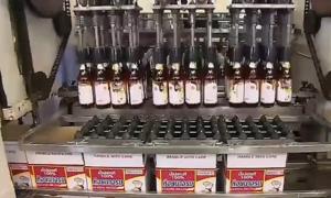 Nhà máy sản xuất 50.000 chai nước mắm mỗi ngày ở Thái Lan