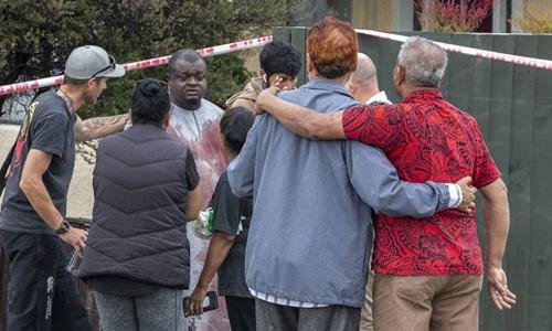 Những người sống sót sau vụ xả súng tại nhà thờ Al Noor. Ảnh: Stuff.co.nz.