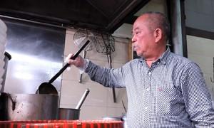 Món phở 40 năm của họa sĩ Hà Nội hút khách Nhật Bản