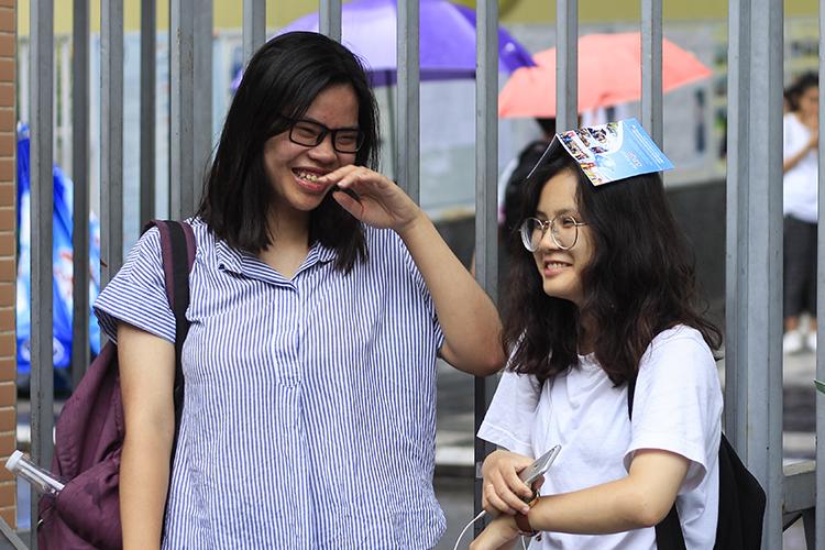 Thí sinh dự kỳ thi THPT quốc gia năm 2018 tại Hà Nội. Ảnh: Dương Tâm