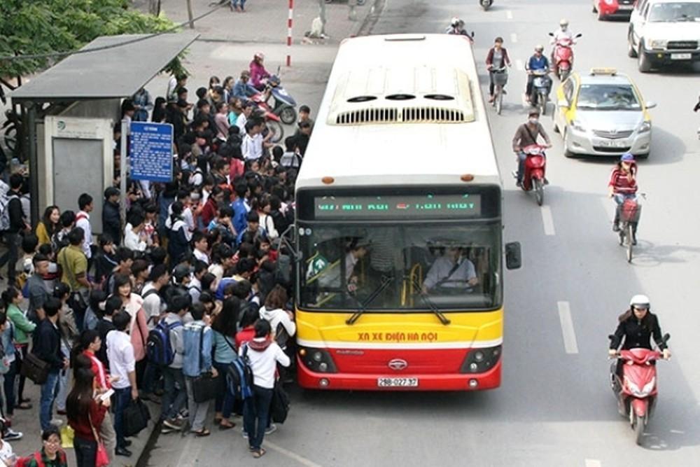Người Việt không có thời gian dành cho phương tiện công cộng