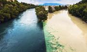 Hai dòng sông hợp lưu nhưng không hợp màu ở Thụy Sĩ
