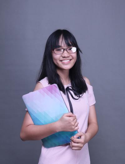 sinh viên Lê Hoàng Yến (Học bổng hiệu trưởng 2018)