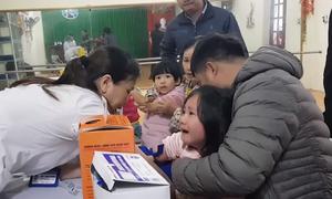 Lấy máu xét nghiệm ấu trùng sán lợn miễn phí cho trẻ ở Bắc Ninh