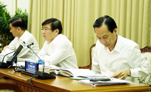 Thường trực UBND TP HCM hiện chỉ có 3 người điều hành. Ảnh: Phạm Nguyễn