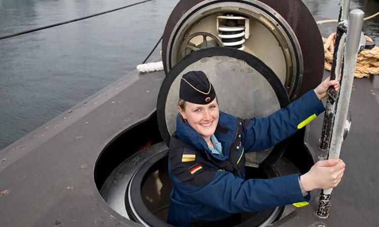 Lý do phụ nữ không được đặt chân lên tàu ngầm nhiều nước