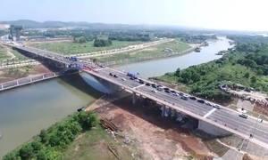 Cây cầu nối tỉnh Quảng Ninh Việt Nam và Quảng Tây Trung Quốc