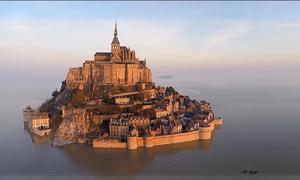 Đảo giữa biển ở Pháp thu hút gần 3 triệu du khách mỗi năm