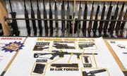Người dân giao nộp hàng chục khẩu súng sau vụ khủng bố ở New Zealand