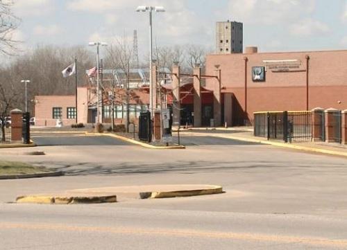 Hành vi phạt trẻ không phù hợp diễn ra tại Head Star Center ở Edwardsville, Illinois. Ảnh: KMOV4