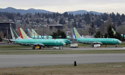 Các máy bay 737 MAX chờ thử nghiệm tại nhà máy của Boeing hôm 11/3. Ảnh: Reuters.