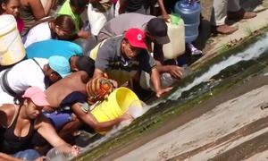 Nước - tài sản 'quý như vàng' của người Venezuela