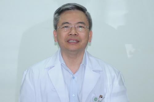 Bác sĩ Phạm Minh Thông, phó giám đốc Bệnh viện Bạch Mai. Ảnh: Viết Tuân.