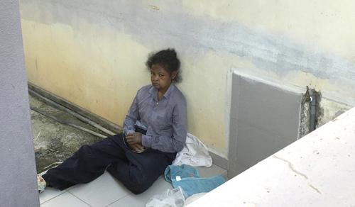 Adelina Lisao, một nữ giúp việc người Indonesia bị chủ Malaysia ngược đãi. Ảnh: Reuters.