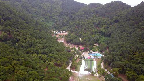 Kết luận Thanh tra cho thấy có hàng nghìn công trình xây dựng trên đất rừng Sóc Sơn. Ảnh: Gia Chính.