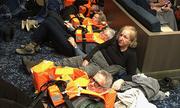 24 giờ đối mặt tử thần trên du thuyền Na Uy mắc kẹt giữa biển
