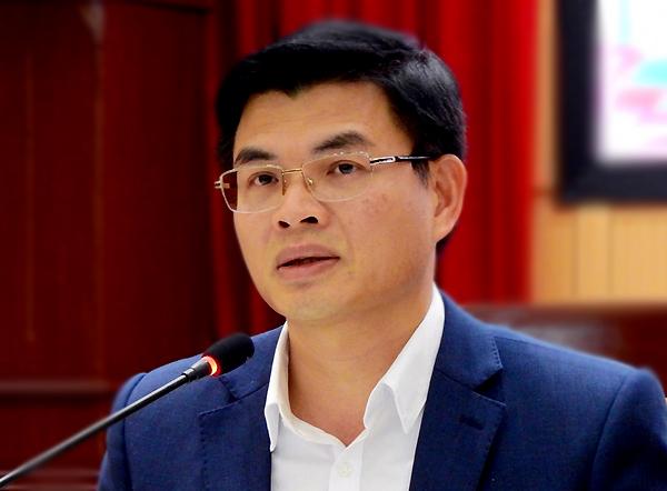 Ông Nguyễn Mạnh Hà trả lời tại cuộc gặp gỡ báo chí sáng 26/3. Ảnh: Minh Cương