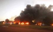 Phi công Nam Phi đánh cắp máy bay, lao vào tòa nhà để giết vợ