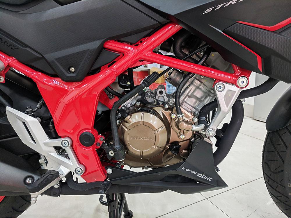 Honda CB150R Streetfire 2021-cafeauto-4