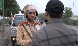 CSGT tăng cường xử lý vi phạm giao thông ở ngoại ô Hà Nội