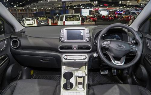 Hyundai Kona động cơ điện giá từ 58.000 USD tại Thái Lan - 1