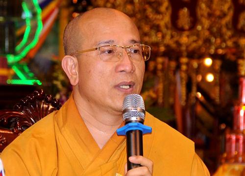 Đại đức Thích Trúc Thái Minh, trụ trì chùa Ba Vàng. Ảnh: Viết Tuân.
