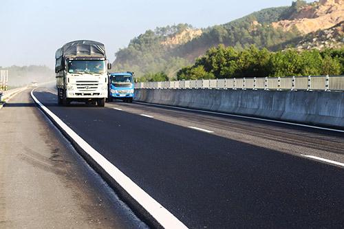 Cao tốc Đà Nẵng - Quảng Ngãi sẽ kết nối với các đoạn cao tốc sắp xây dựng. Ảnh: Đắc Thành.