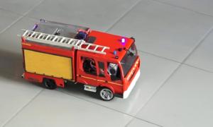 Học sinh Sài Gòn chế tạo xe cứu hỏa thu nhỏ