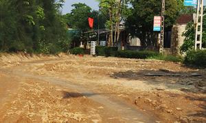 Trẻ một tuổi ở Hà Tĩnh phải đóng tiền làm đường