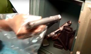 Nhiều súng trong két sắt tại nhà nhóm trộm ở Nha Trang
