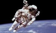 Tại sao bộ đồ phi hành gia thường có màu trắng?