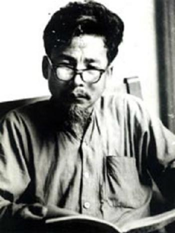Nhà văn Nguyên Hồng.