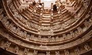Kỳ quan giếng bậc thang 7 tầng dưới lòng đất ở Ấn Độ