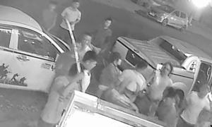Hỗn chiến tại quán nhậu ở Đắk Lắk, hai vợ chồng bị chém nhầm