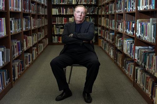 James Patterson luôn trăn trở với việc truyền cảm hứng đọc sách cho trẻ. Ảnh:Good e-Reader