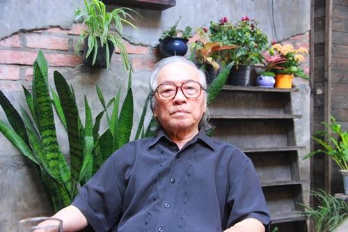 Nhà văn Bửu Ý, một trong những người bạn thân của cố nhạc sĩ Trịnh Công Sơn. Ảnh: Võ Thạnh