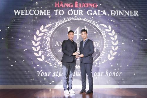 Ông Chong Wai Kit - Giám đốc cục xúc tiến giáo dục Malaysia và giám đốc Hằng Lương tại lễ kỷ niệm 14 năm thành lập Hằng Lương.